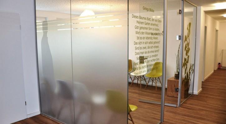 Werbetechnik in Büro-, Praxis- & Geschäftsräumen